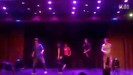 超帅舞蹈两个人