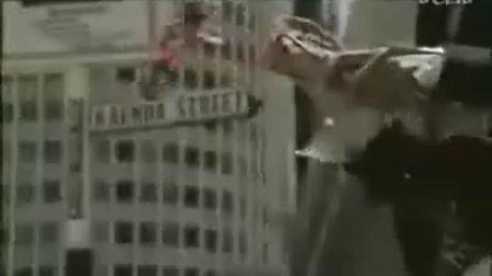 最经典避孕套创意广告-伞中情 歌曲也经典