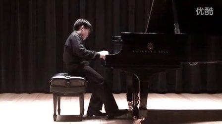 黎卓宇弹奏莫扎特C大调奏鸣曲K330