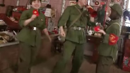 哈尔滨甲继海 红歌联唱 在他的太阳岛文革小屋拍摄