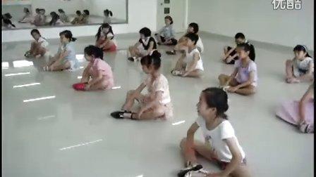 周沫老师  厦门市青少年宫2011年春季小主持人培训班 期末汇报