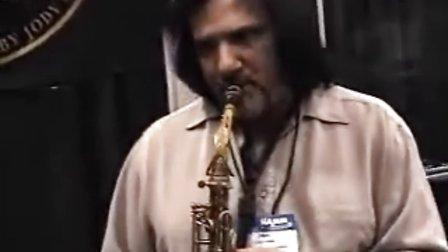 Paul Cerra plays on a JodyJazz HR_ 6M Alto Sax Mouthpiece
