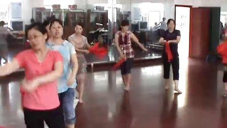 武陵源二中2011教师节节目排练左侧效果图