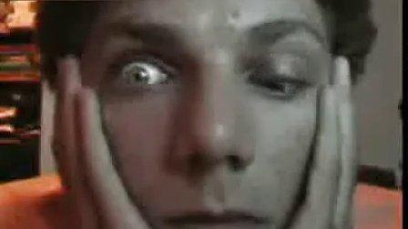 你的眼睛可以这样吗 两只眼睛独立控制