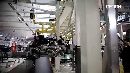 OPTION杂志探访兰博基尼Aventador生产线