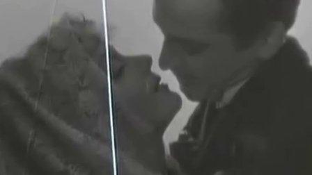 《天堂电影院》的接吻图片