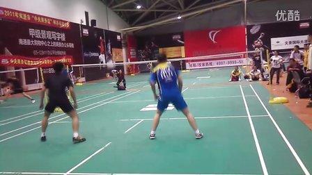 前国家队和现役省队(江苏省)打了玩的羽毛器比赛