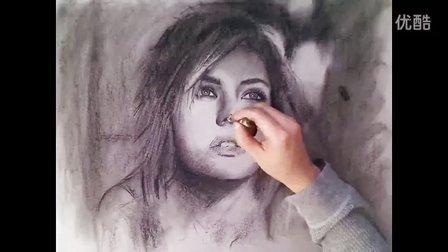 伊丽莎·库斯伯特低调的炭纸肖像