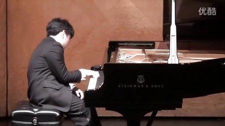 """黎卓宇(George Li)弹奏拉威尔镜子集中的""""小丑晨曲"""""""