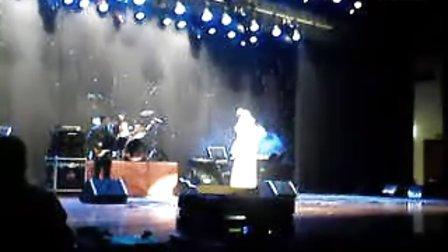 12月23日晚内蒙古人民会堂--小邓丽君 邓雅之演唱会