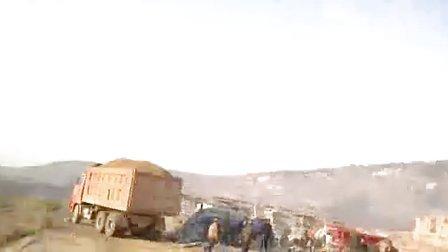 斯太尔工程车卸车