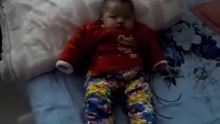 女儿4个月