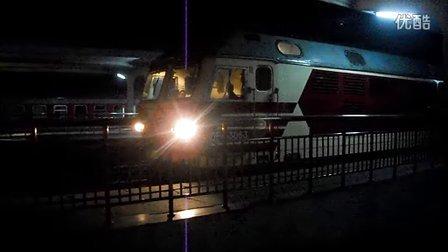 K446南昌站准备发车