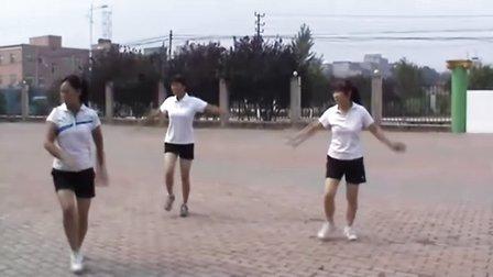 舞动人生 豆豆广场舞  泼水节