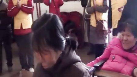东林慈善:残疾女子坚强度日 勤学佛法利自利他