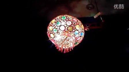 水晶旋转灯笼--太阳花