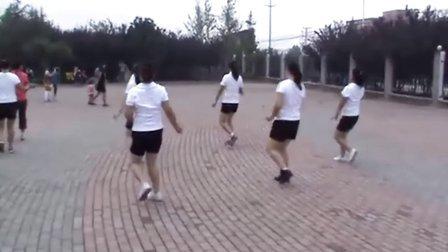 舞动人生 豆豆广场舞问一声你爱了么