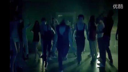 【偶】克罗地亚电音女王Severina强势新单,Brad Pitt [MV]