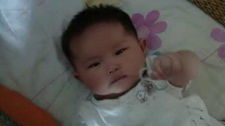 宝宝一周岁