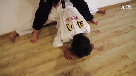 芮歌文化专业表演考前培训-跆拳道 锻炼学生忍耐力
