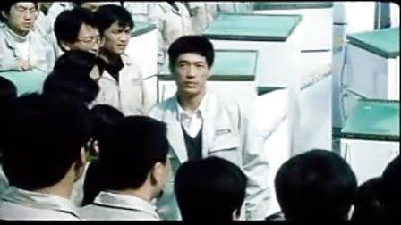 口碑家电网:张瑞敏砸冰箱,电影版演员很神似