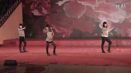 曙光职专第十四届艺术节-舞蹈-11综合(6分27秒)
