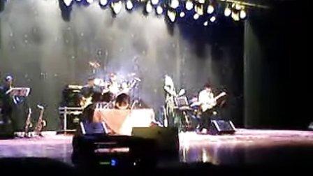 12月23日晚内蒙古人民会堂 小邓丽君 邓雅之演唱会