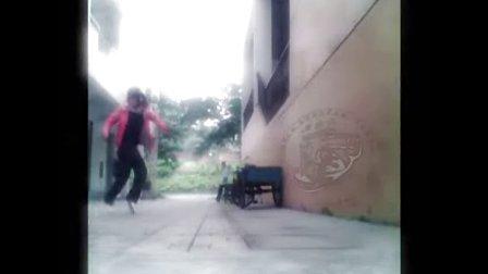 国内女生曳步舞鬼步舞