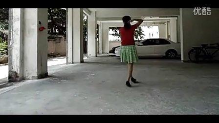 广场舞(傻傻的爱傻傻等待)正背面