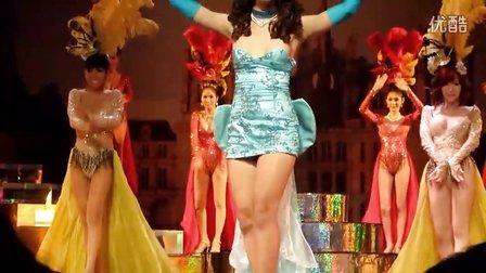 2011年12月18日 MASO在曼谷看人妖表演 蓝色妖姬开场