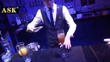 刘敦双鸡尾酒花式调酒双结合-奥斯卡调酒师培训学校