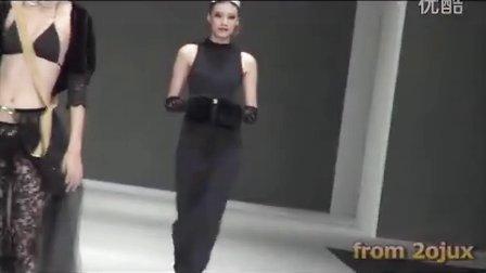 2012台北黑色性感透明薄纱材质高叉内衣秀