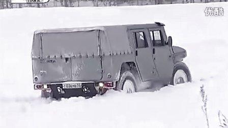 俄罗斯 GAZ Tigr 吉普车