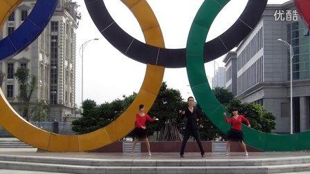嫣红广场舞-游牧情歌