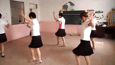 固始田园香舞蹈队   阿瓦人民唱新歌