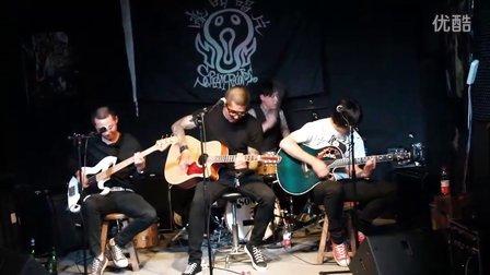 瑞王坟乐队嚎叫唱片《半绝源》之夜2011.10.14北京鼓楼121酒吧