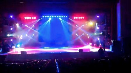 祥明200W光束灯演出案例