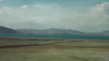 青藏高原上美丽的圣湖