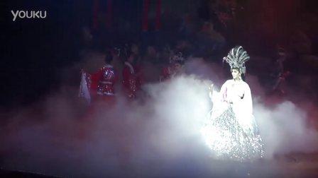 泰国超漂亮人妖表演