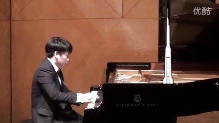 """黎卓宇(George Li)弹奏李斯特的""""钟"""" La Companella"""