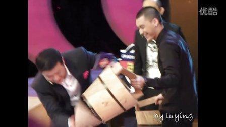 111209李易峰《年代秀》视频五之小品进场