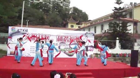 福州五凤兰庭中老年兰花舞蹈队:腰鼓舞祖国你好