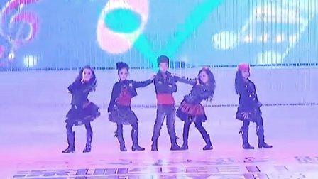 2011深圳少儿春晚《儿童模特表演》