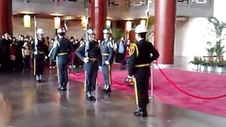 台湾蒋介石中正纪念堂 台军仪仗队换岗热辣表演
