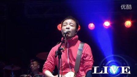 张北草原音乐节-许巍—《时光》-优酷音乐全程呈现