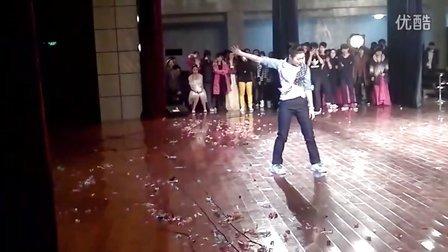 【Candy影】2012江苏省宜兴中学元旦晚会 TikTok等舞蹈秀(演出版)