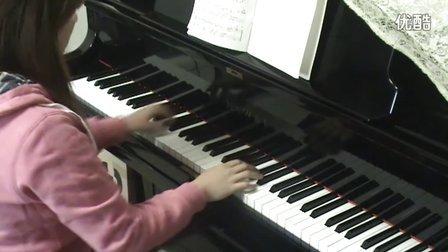 齐秦《月亮代表我的心》钢琴视_tan8.com