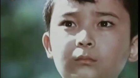 潘阳 印象最深的红歌是《红星歌》. 110717 娱乐现场