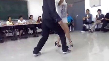 哈尔滨职业技术学院院舞团--《绽放》