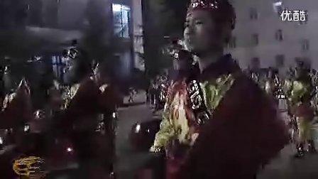 威风锣鼓:河南义煤集团义翔铝业公司120人威风锣鼓表演!